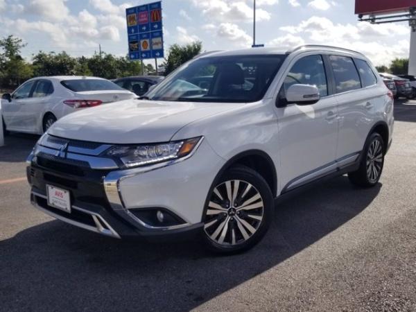 2019 Mitsubishi Outlander in Katy, TX
