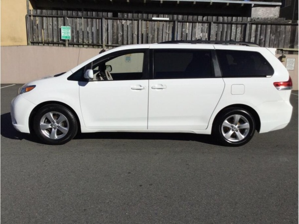 2014 Toyota Sienna In Daly City, CA