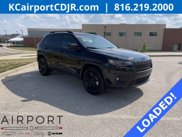 2020 Jeep Cherokee in Platte City, MO