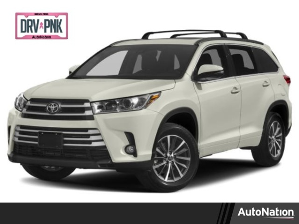 2019 Toyota Highlander in Cerritos, CA