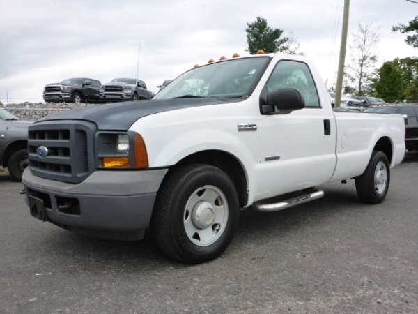 2005 Ford Super Duty F-250 in Knoxville, TN
