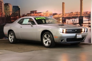 2012 dodge challenger manual vs automatic