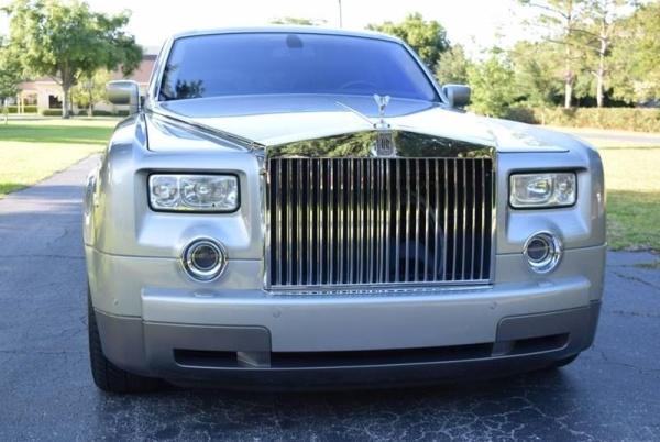 2004 Rolls-Royce Phantom Base