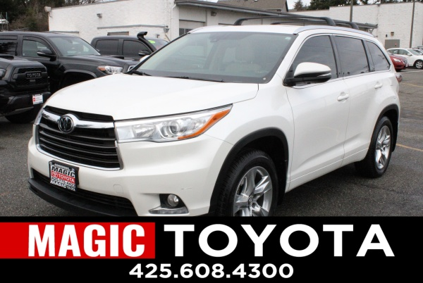 2016 Toyota Highlander in Edmonds, WA