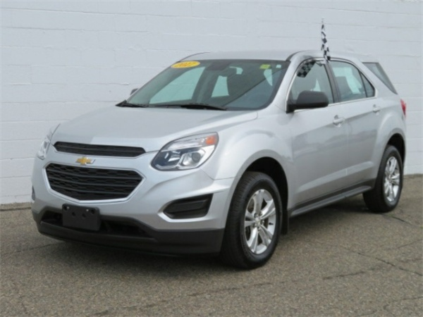 2017 Chevrolet Equinox in Charlotte, MI