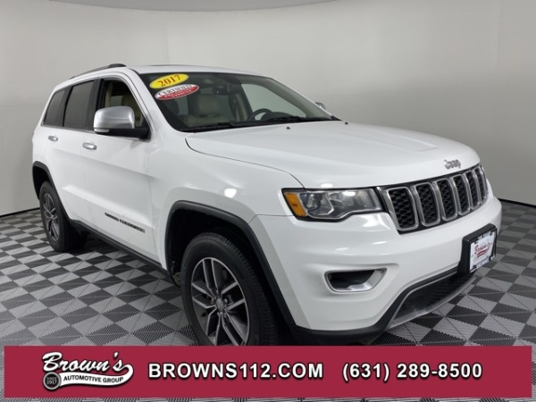2017 Jeep Grand Cherokee in Patchogue, NY