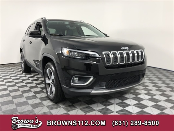 2020 Jeep Cherokee in Patchogue, NY