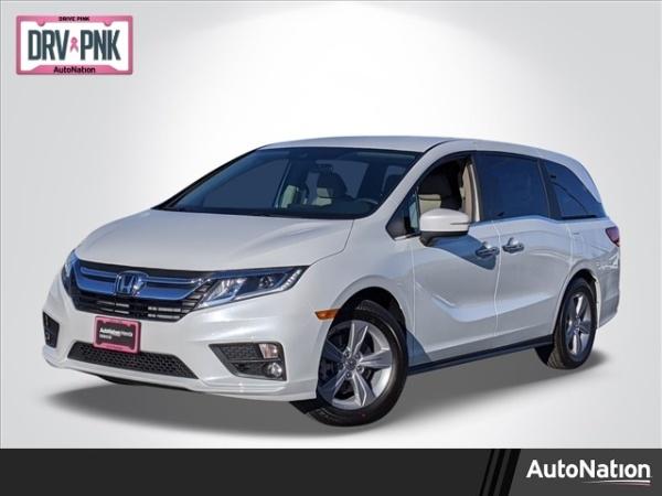 2020 Honda Odyssey in Valencia, CA