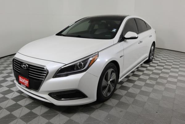 2016 Hyundai Sonata in Lincoln, NE