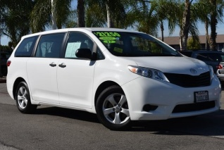 2017 Toyota Sienna L 7 Penger Fwd For In Buena Park Ca