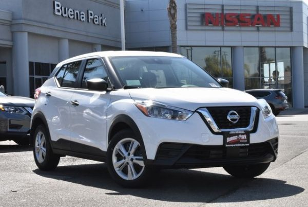 2020 Nissan Kicks in Buena Park, CA