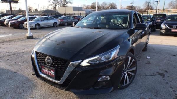 2019 Nissan Altima in Chicago, IL