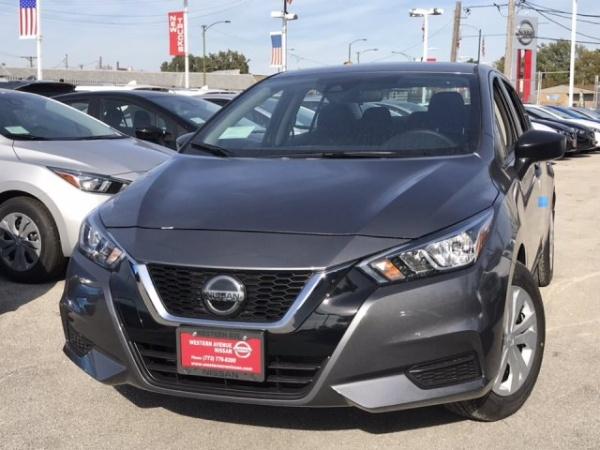 2020 Nissan Versa in Chicago, IL