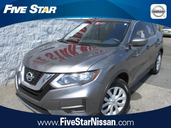 2017 Nissan Rogue in Warner Robins, GA
