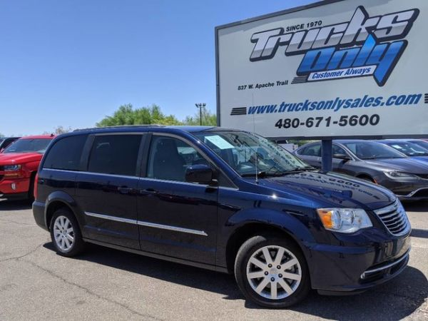 2015 Chrysler Town & Country in Apache Junction, AZ