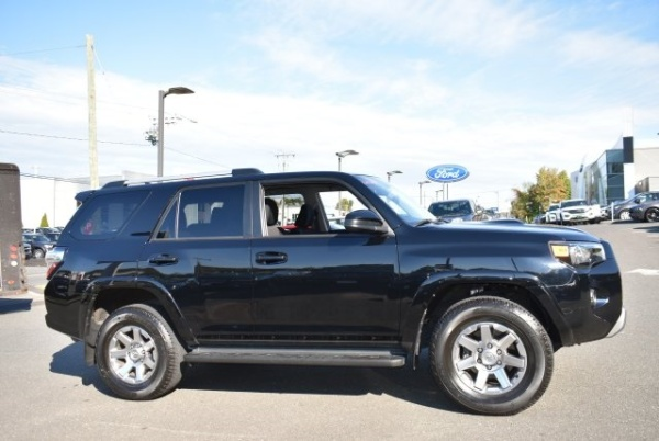2016 Toyota 4Runner in Watertown, CT