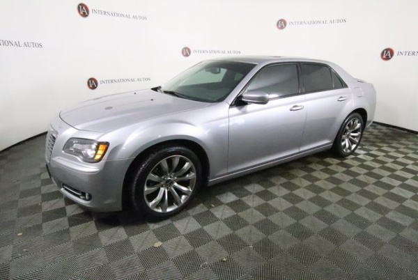 2014 Chrysler 300 in Orland Hills, IL