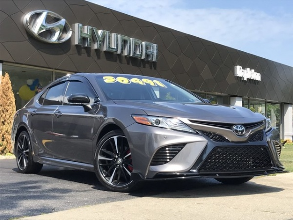 2018 Toyota Camry in Glenview, IL