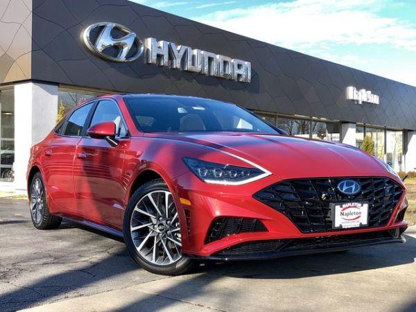 2020 Hyundai Sonata in Glenview, IL