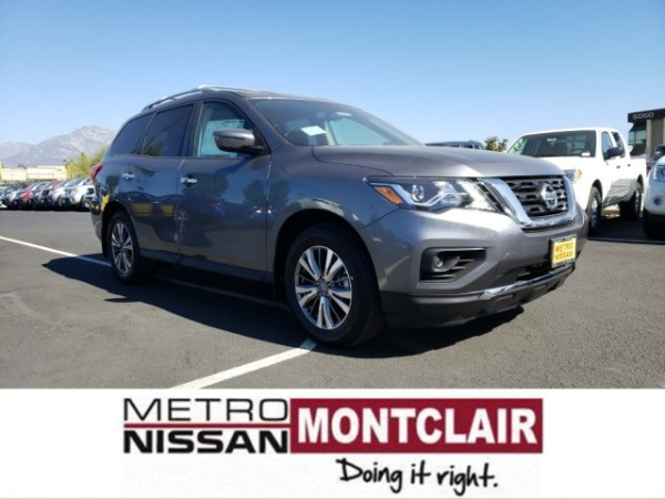 2020 Nissan Pathfinder in Montclair, CA