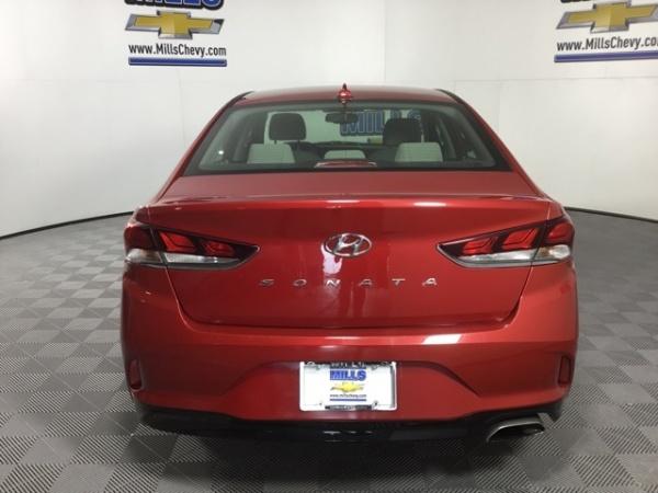 2018 Hyundai Sonata in Davenport, IA