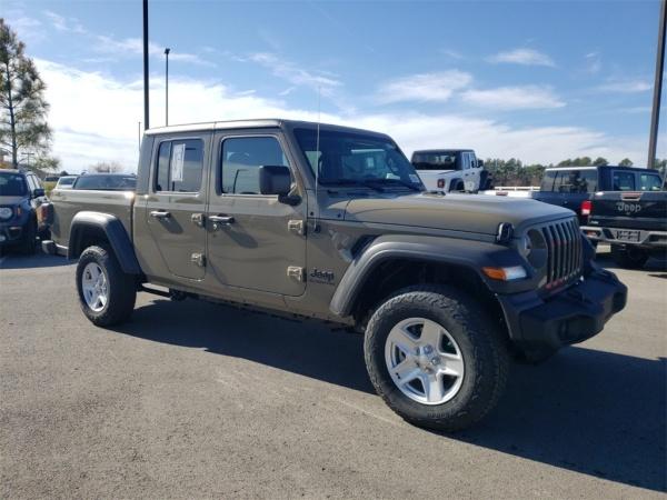 2020 Jeep Gladiator in Owasso, OK
