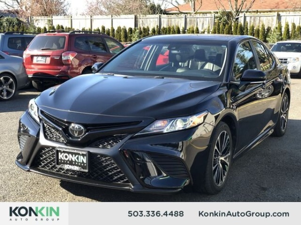 2018 Toyota Camry in Portland, OR