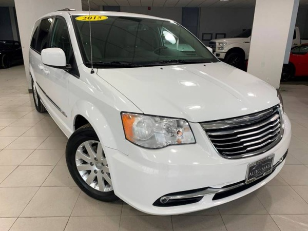 2015 Chrysler Town & Country in Springfield, IL