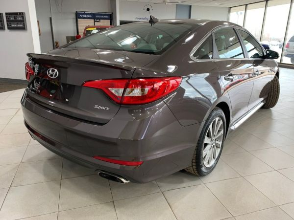 2015 Hyundai Sonata in Springfield, IL