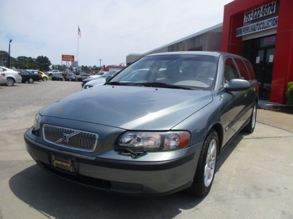 2002 Volvo V70 2 4L Turbo Automatic with Sunroof FWD For