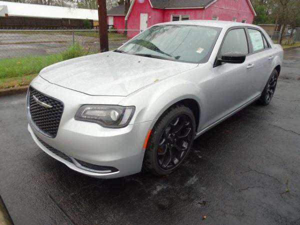2020 Chrysler 300