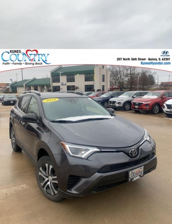 2018 Toyota RAV4 in Quincy, IL