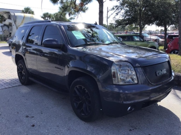 2008 GMC Yukon in Fort Myers, FL