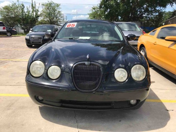 2005 Jaguar S Type 4dr Sedan V6