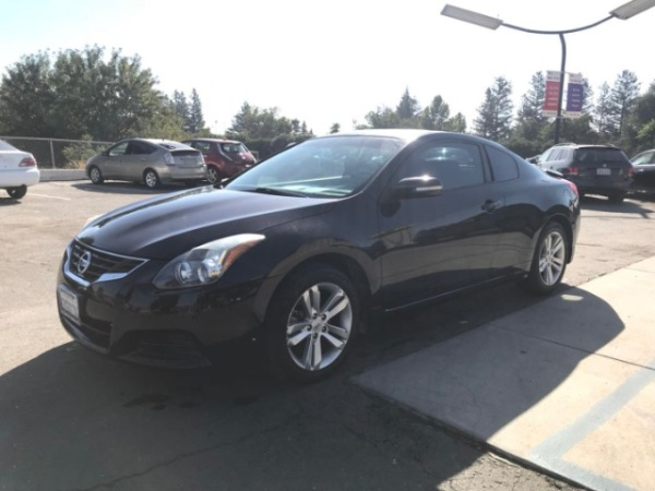 2010 nissan altima coupe manual