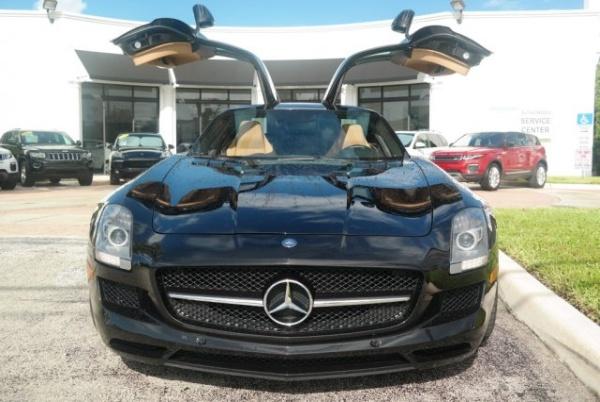 2011 Mercedes-Benz SLS AMG Base