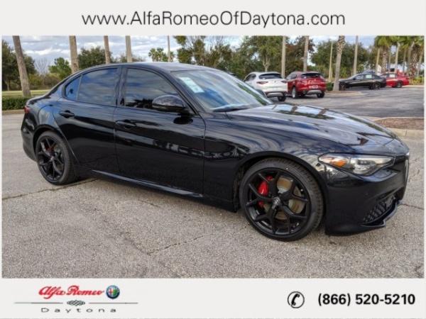 2019 Alfa Romeo Giulia in Daytona Beach, FL