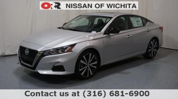 2020 Nissan Altima in Wichita, KS