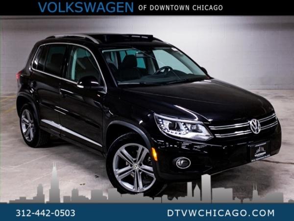 2017 Volkswagen Tiguan in Chicago, IL