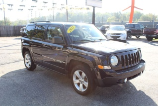 Used 2013 Jeep Patriot Latitude FWD For Sale In Elkhart, IN