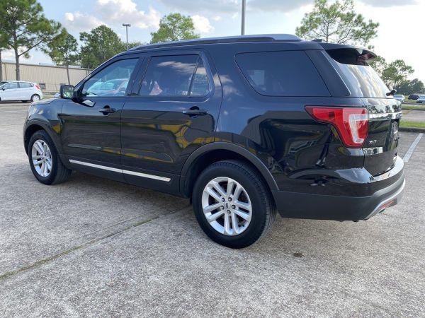 2017 Ford Explorer in Houston, TX