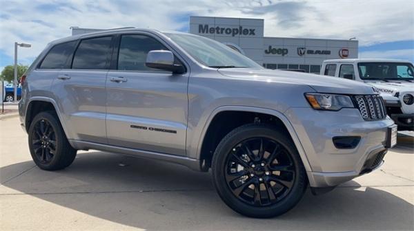2020 Jeep Grand Cherokee in Dallas, TX