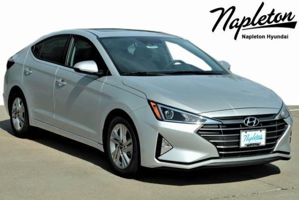 2020 Hyundai Elantra in Hazelwood, MO