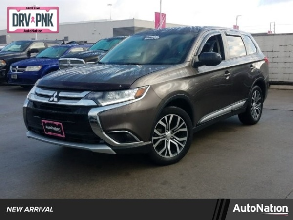 2018 Mitsubishi Outlander in Houston, TX