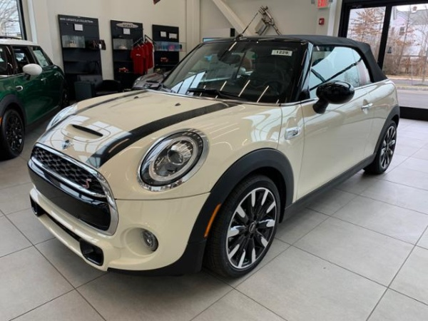 2020 MINI Convertible in Edison, NJ