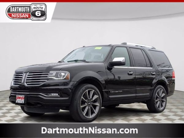2017 Lincoln Navigator in North Dartmouth, MA