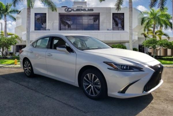 2020 Lexus ES in Miami, FL