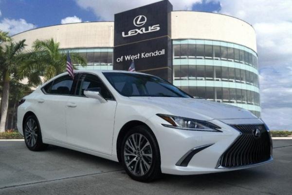 2019 Lexus ES in Miami, FL