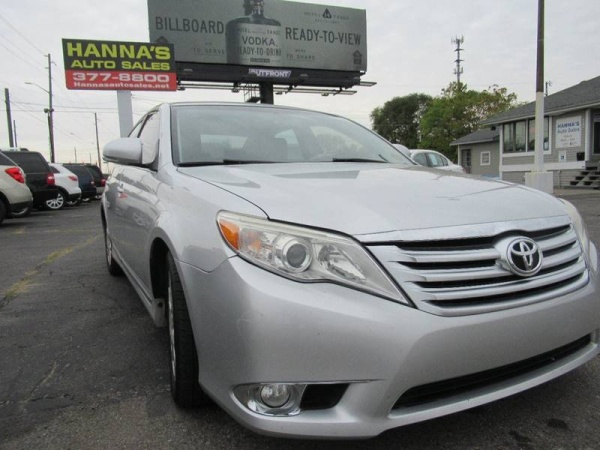 2011 Toyota Avalon in Indianapolis, IN