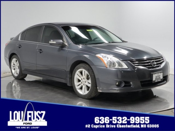2011 Nissan Altima in Chesterfield, MO